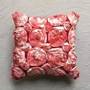 Rose crushed cushion