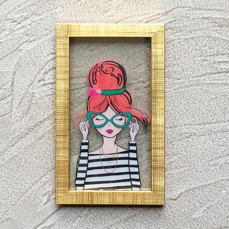 Wall art: Golden frame with picture of sassy girl   Cheezain etc.